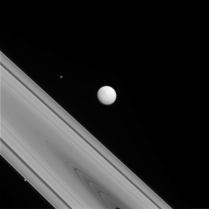 I had a dream, which was not all a dream Images taken by the unmanned spacecraft Cassini Title: Lord Byron