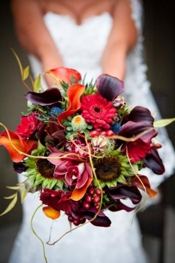 tumblr_m1ka4vT9IU1qd4wdoo1_500.jpg (500×750) #church #photography #bouquet #flower #dress #wedding