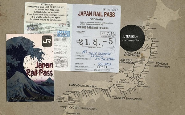 Traveling Japan through the lens of Carnets de Traverse #scratch #design #travel #book #photography #japan