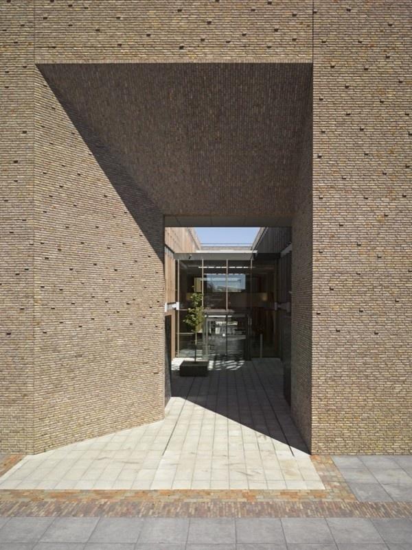 (via Municipal Office Winterswijk / OIII Architecten Municipal Office Winterswijk / OIII Architecten – ArchDaily) #architecture #brick #fa