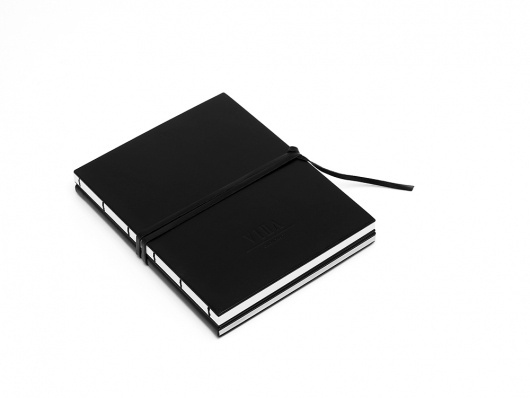 1_villa_brandbooks.jpg 1000×751 pixels #print