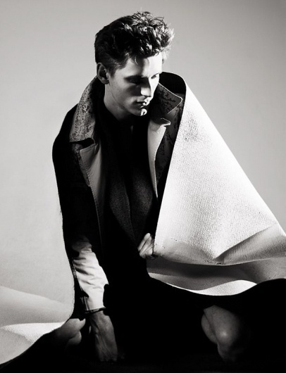 Somewhere in Boystown by Willy Vanderperre | Homotography #white #black #photography #willy #and #vanderperre