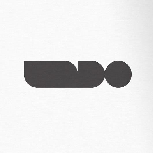 excites | Graphic Designer | Simon C Page #logo