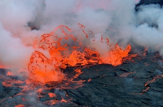 Nyiragongo Crater: Journey to the Center of the World - The Big Picture - Boston.com #lava #nature #gas