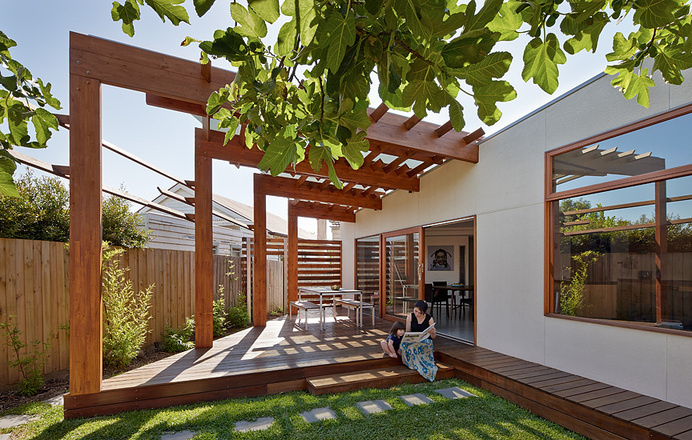 Crib and Chock House: extension of residence