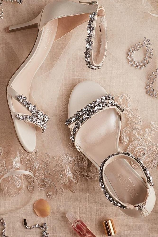 Here, 21 swoon-worthy comfortable wedding shoes that will make your look and you'll feel best on your wedding.