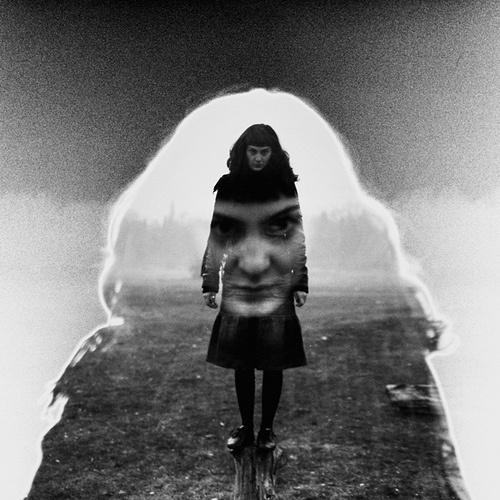 tumblr_ll7a59sUkr1qhw4wvo1_500.jpg (JPEG Image, 500x500 pixels) #white #photo #black #women #and #face #dark
