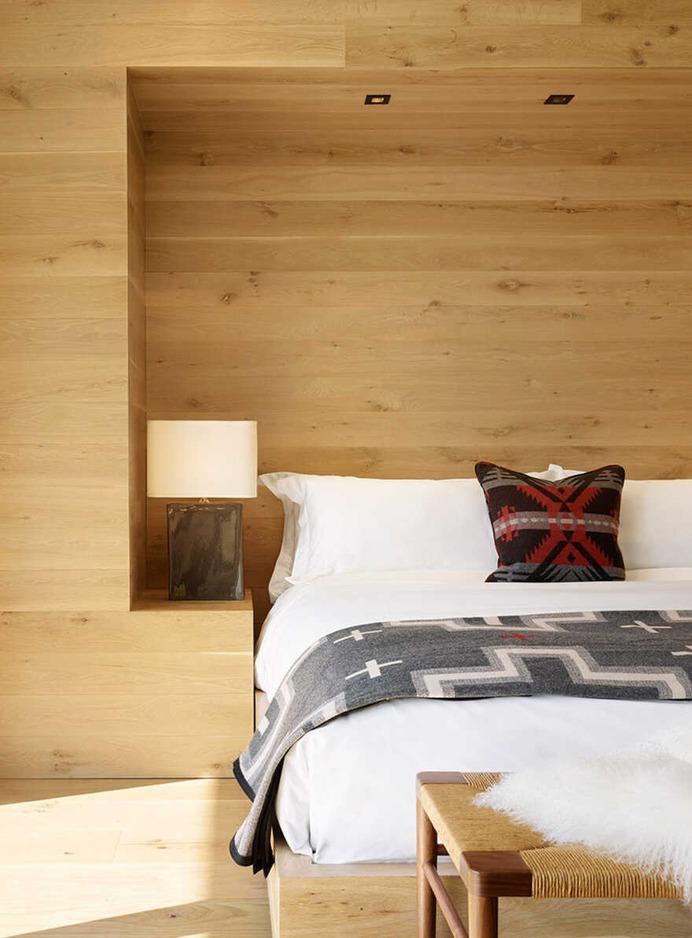 bedroom / Carney Logan Burke Architects