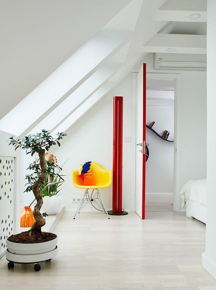 Colorful Apartment in the Heart of Budapest by Margeza Studio 6