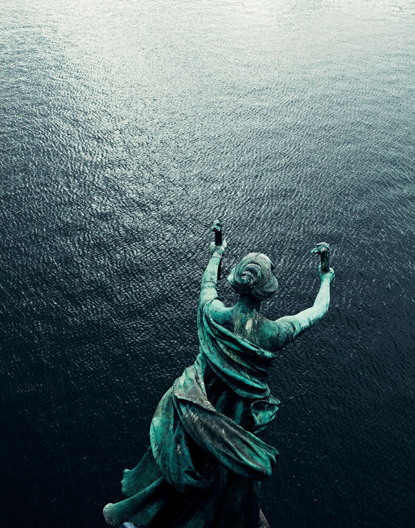 Joao Canziani Photography (28) #statue #water