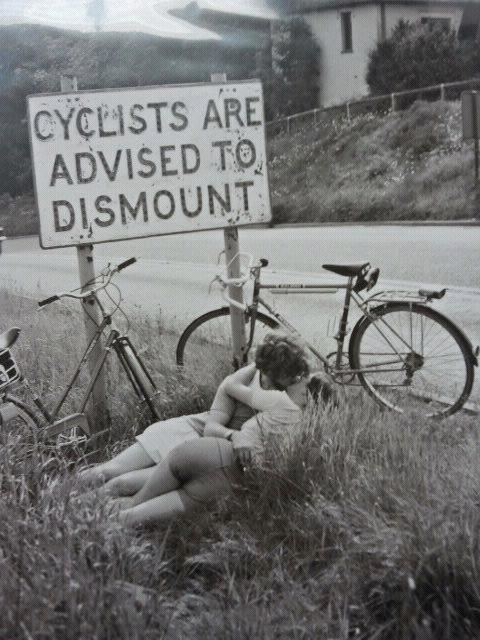 Wyniki Szukania w Grafice Google dla http://25.media.tumblr.com/tumblr_m9evlipni71qeilkuo1_500.jpg #bicycle #sign #photo #photography #cyclists #bike #love #kiss