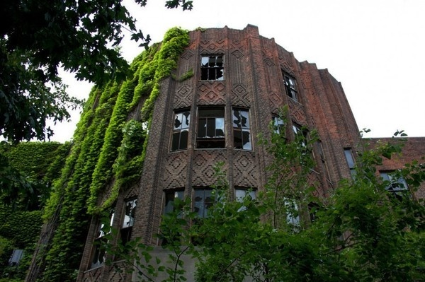 Source: ny.curbed.com #abandon #place #photography #building