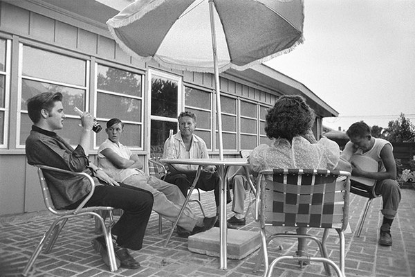 Unseen Elvis: Elvis relaxes on the back patio #patio #elvis #party