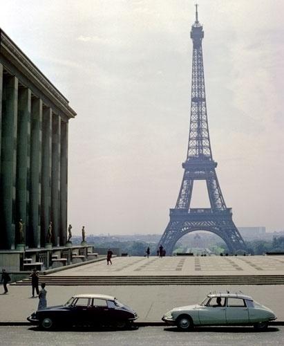 Gallery-Citroen-DS-Citroe-004.jpg (JPEG Image, 411x500 pixels) #eiffel #1950s #cars #ds #tower #citron