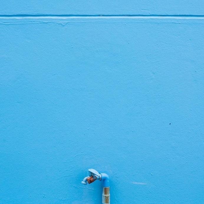 Colorful Minimalist Photography by Chinnaphong Mungsiri