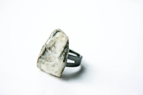 "DÄ""śī #zealand #rock #pulse #design #jewelry #parallel #new"