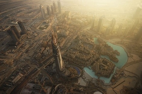 [rafdevis] - Art from Code #dubai