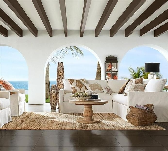 Coastal-style - pleasant and relaxing as the sea breeze / www.homeworlddesign.com #style #coastal #living #room