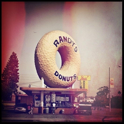 ROAD TRIP : MAELLE ANDRE #photography #donuts