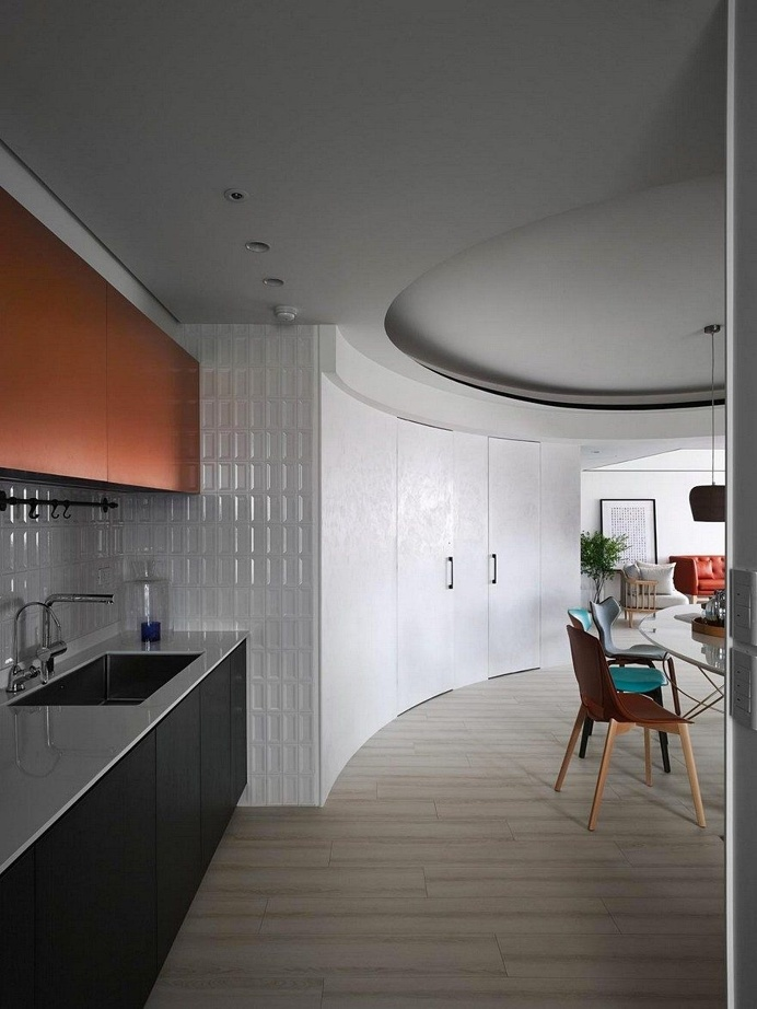 Vivid Color Apartment in the Downtown of Taipei City 18