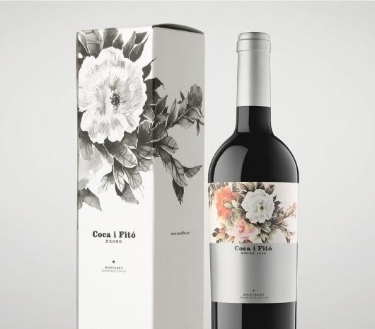Coca i Fitó | Atipus #package #brand #wine