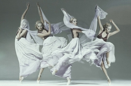 Sara Lindholm #fashion #dance #females