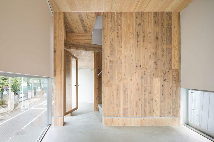 Sarugaku Plural Directed Tower by Masatoshi Hirai Architects Atelier