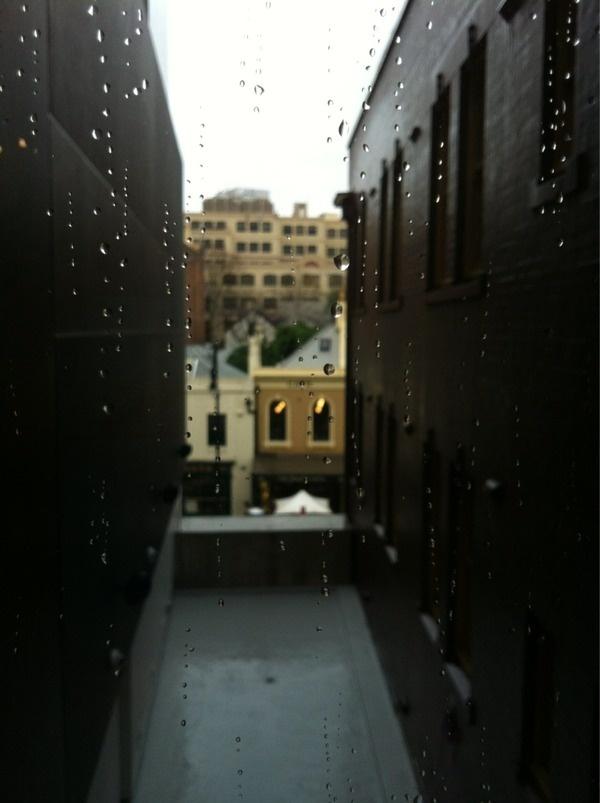 بندة #urban #photography #rain