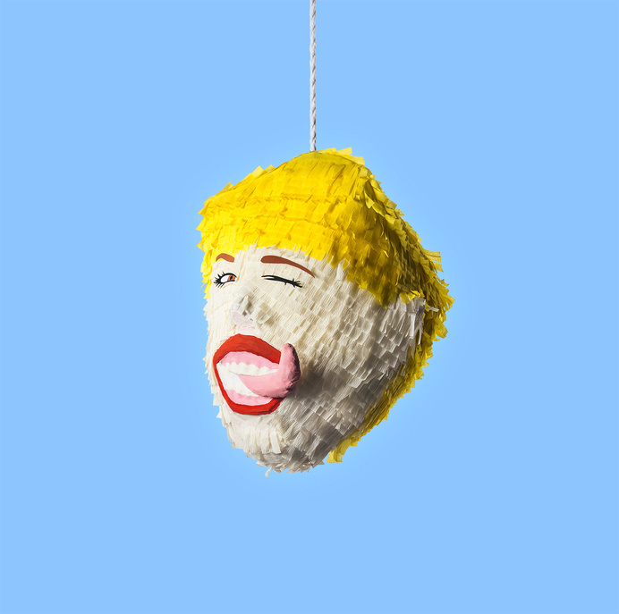 Miley Cyrus #cool #mileycyrus #design #twerkz #craft #bangerz #colour #confetti #pinata #funny #miley
