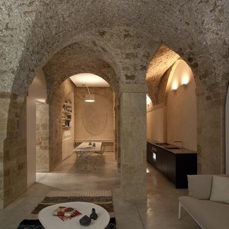 Dezeen » Blog Archive » Jaffa Flat by Pitsou Kedem #architecture