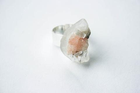 "DÄ""śī Mix #zealand #rock #crystal #design #pulse #glass #jewelry #parallel #ring #new"