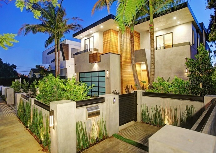 Luxuriously Integrating Water Elements: 813 Laurel Avenue House #architecture #luxury