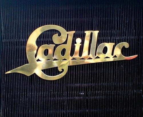 cad.jpg (JPEG Image, 500x411 pixels) #type #cadillac #retro