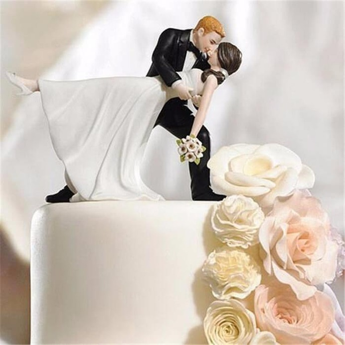 romantic-and-lovely-cake-topper