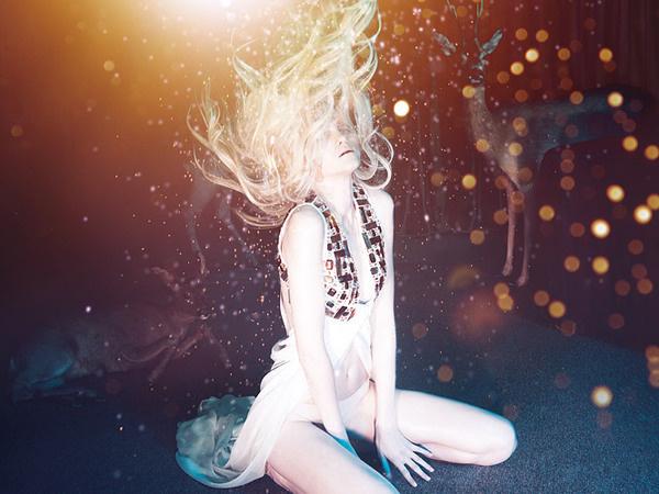 fas2_03.jpg (666×500) #deer #bruno #dayan #color #fashion #sparkles