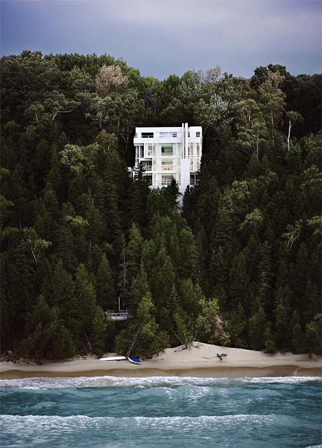 Scott Frances: The Douglas House #architecture #trees