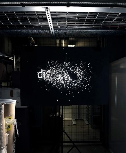 árbol | Blog #dispersal #white #black #dots #poster #and #light