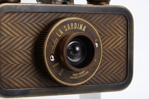 Fred Perry Teams Up With Lomography To Produce Limited-Edition Camera - DesignTAXI.com #produc #teams #lomography #perry #up #fred #to #with