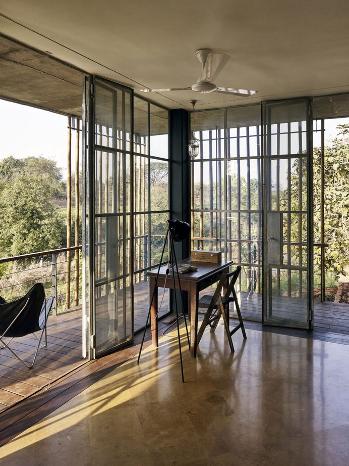 The Riparian House by Architecture BRIO