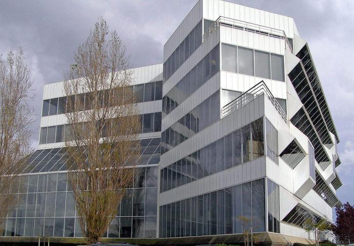 Dakinbldg - Porcelain - Wikipedia, the free encyclopedia #architecture #porcelain