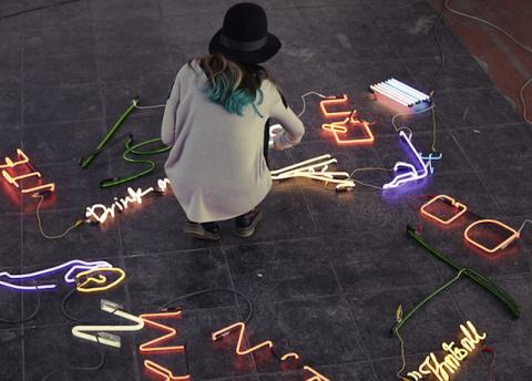Olivia Steele | PICDIT #sculpture #light #art #neon