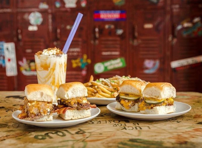 Houston Food Photographer - Bernie's Burger Bus #foodphotography #burger #houston #food