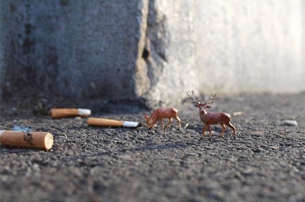 Slinkachu_little_people_street_art_7 #miniature #diorama #art