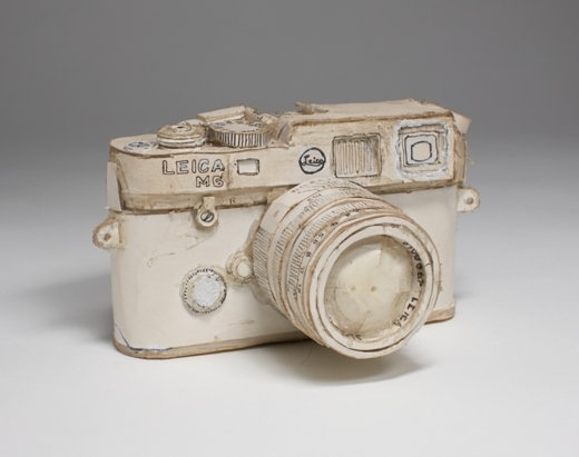 gq2CH.jpg (520×411) #tactile #camera #leica #paper