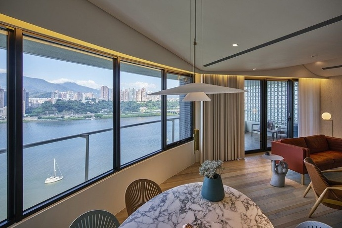 Creative Textures and Colors Optimize Taipei Apartment by Waterfrom Design 3