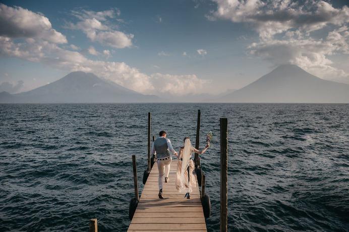 Lake Atitlán, Guatemala by Daniel López Pérez