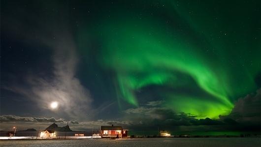 Aystein-Lunde-Ingvaldsen3.jpg (JPEG Image, 1024x579 pixels) - Scaled (95%) #northern #photography #lights #aurora
