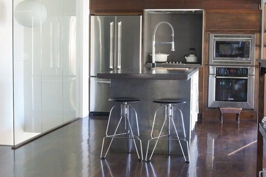 patrick davis design #walnut #concrete #modern #davis #kitchen #patrick