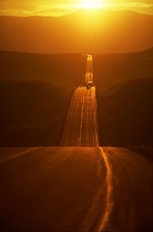 Lifestyle of the Unemployed #sun #highway #road