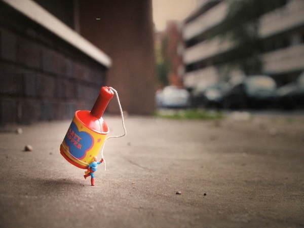 little_people_street_art_4 #miniature #diorama #art